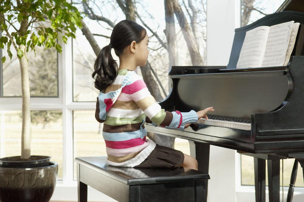 如何挑选一台合适的钢琴